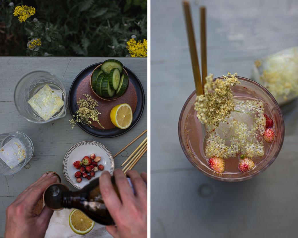 Sommer-Cocktail mit Holunderblüten, Holundersirup und Gurke