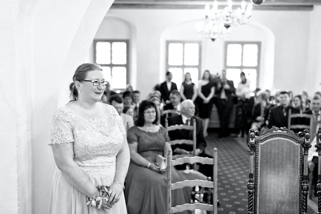 Isabells Schwester war mindestens genau so aufgeregt wie die Braut selbst