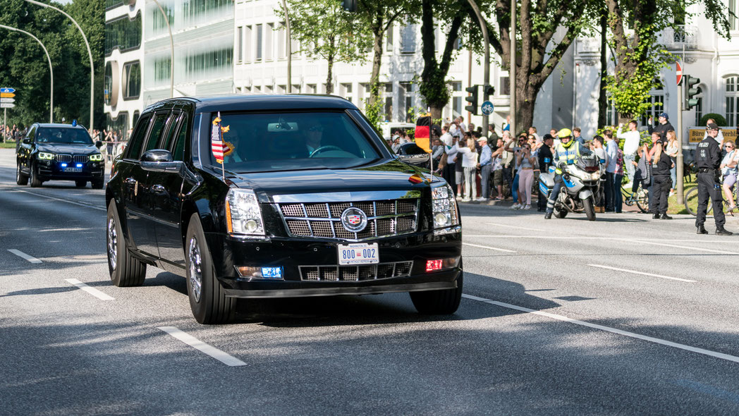 The beast of US president in Hamburg