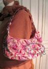 Tasche Baguette rosa-lila Perlen verziert