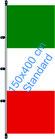 Italien / Hißfahne im Hochformat