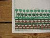 Löpare i linne m. gröna broderi リネンテーブルランナー  緑の刺繍