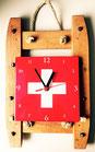 Schneebrettli mit Schweizerkreuz Uhr