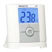 P06671 - Termostato elettronico con display LCD retroilluminato a radiofrequenza progettato per poter controllare differenti sistemi di riscaldamento.