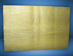 Hauchdünne Bienenwachsplatte auf Seide aufgezogen