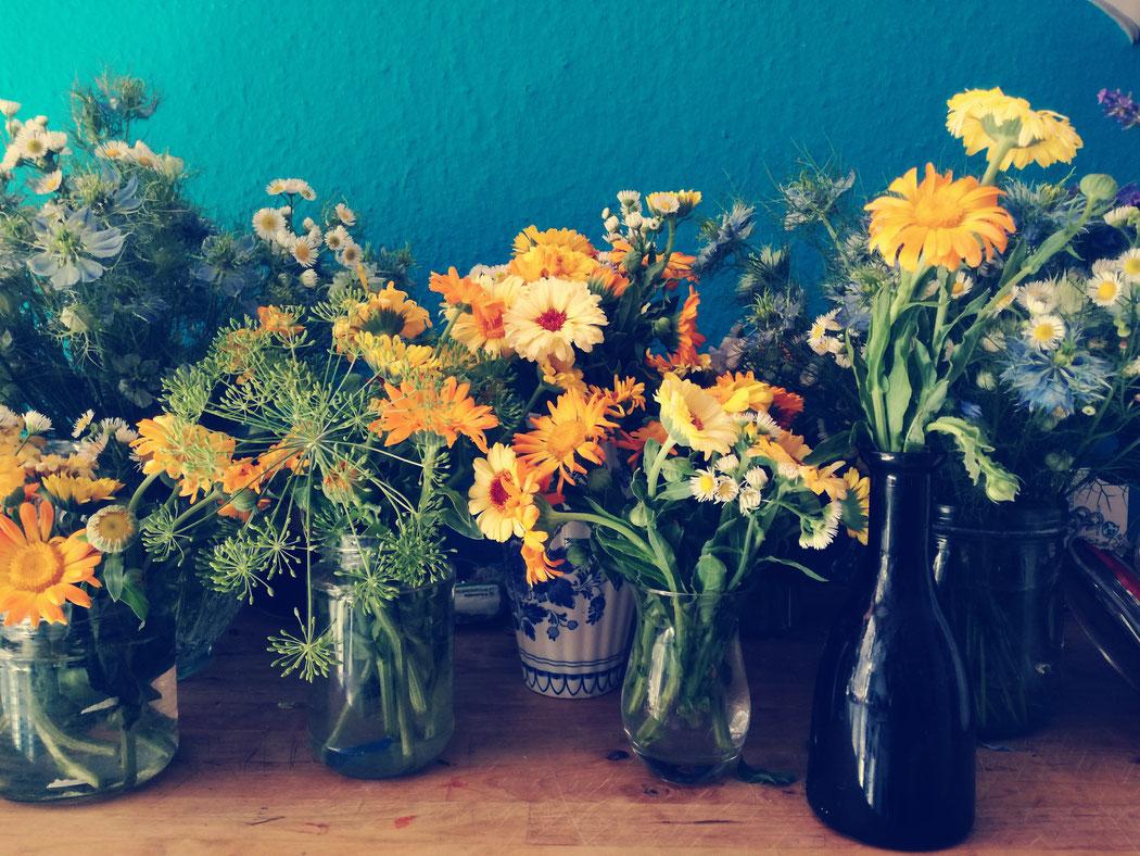 Sommerfest, Mittsommer, Blumendeko, Bauernblumen
