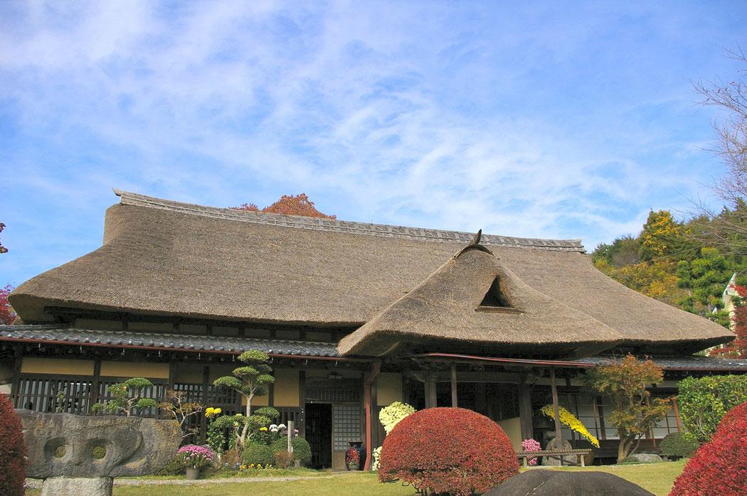 北大路魯山人の住居を北鎌倉より移築した「春風万里荘」。
