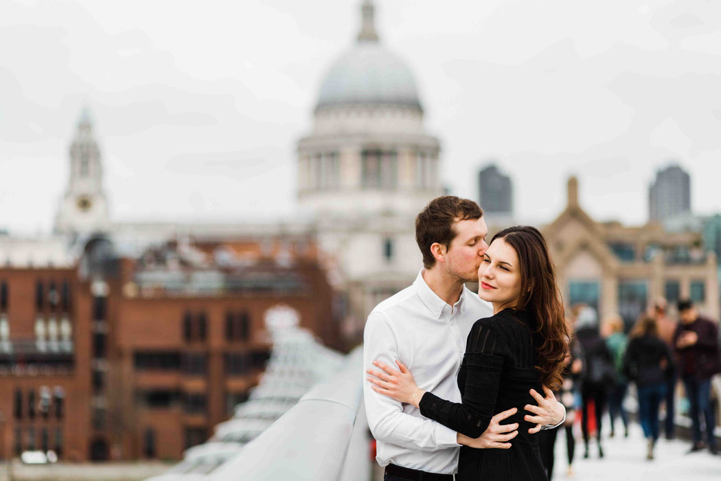 Engagement Shooting in London Elopement Shooting London England Wedding Photographer London