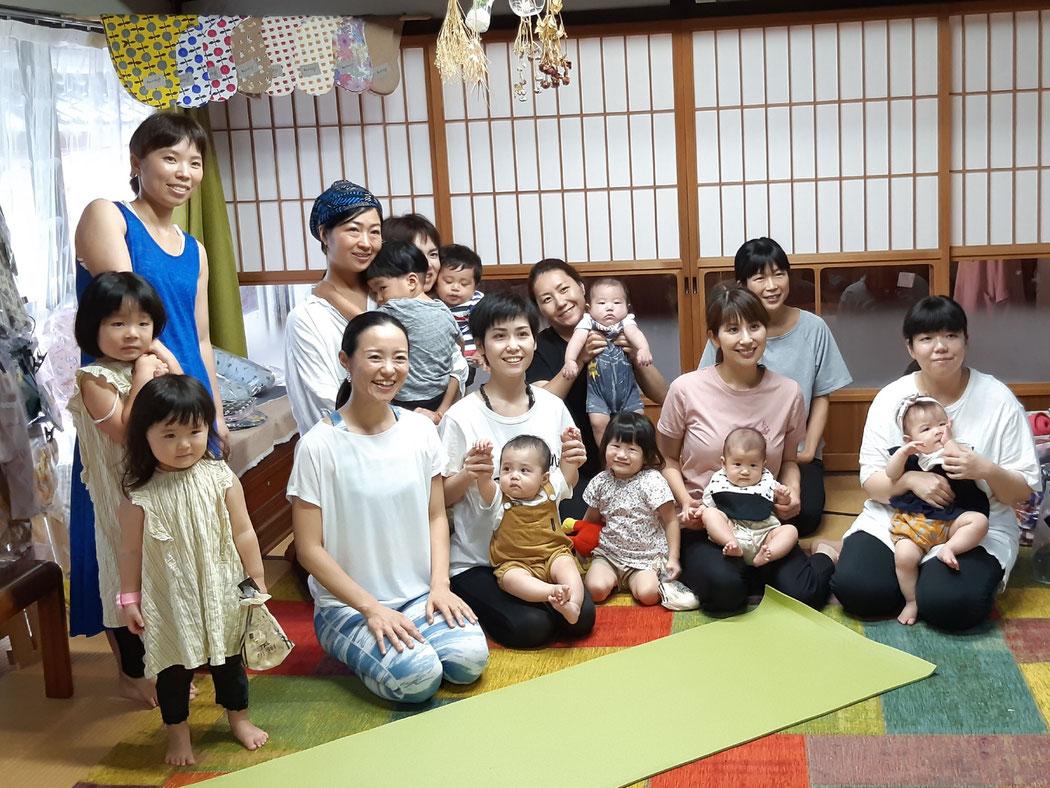 母の家イベント ヨガ教室