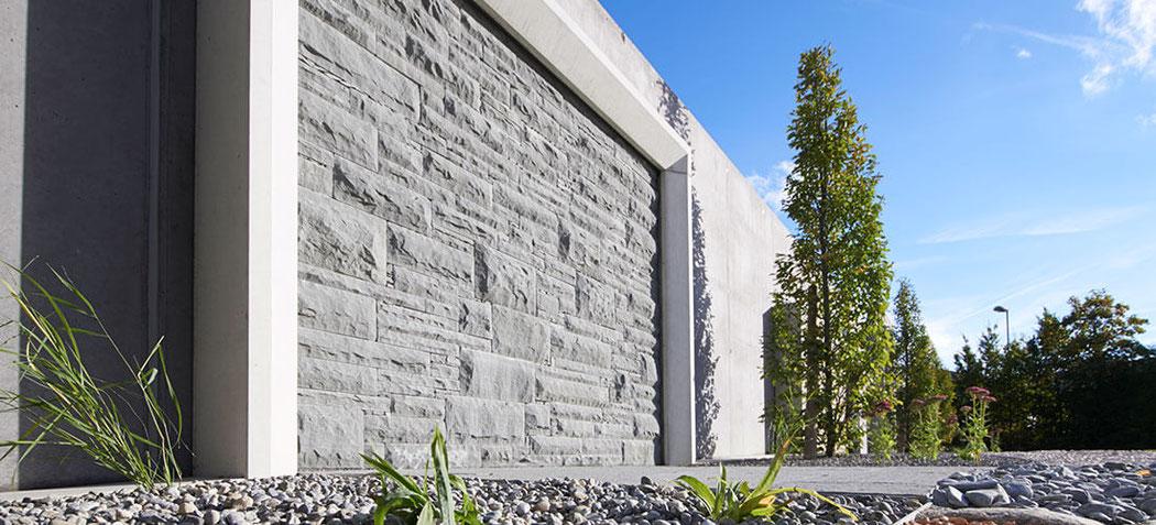 sichtschutz mauer naturstein garten terrasse au engestaltung mauer trockenmauer verkleiden. Black Bedroom Furniture Sets. Home Design Ideas