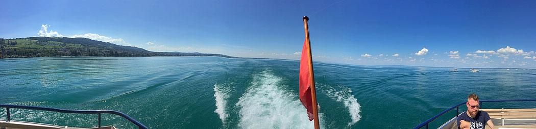 Bodensee-Panorama vom Schiff.
