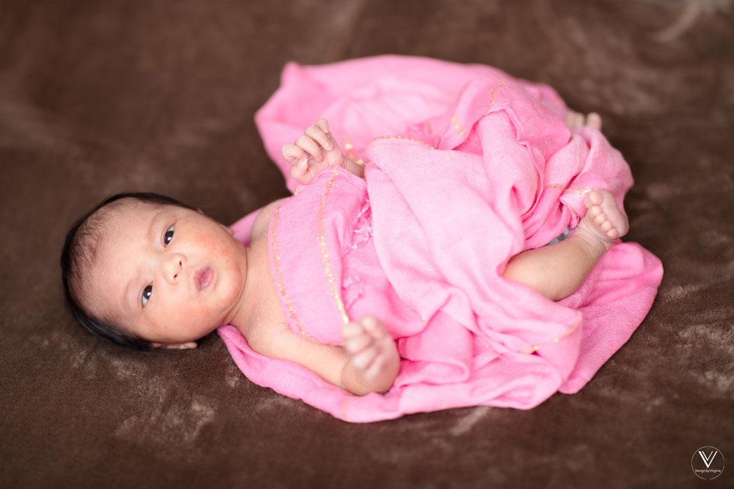 Neugeborene Fotografie Babyfotografie Eningen Reutlingen Virginie Varon
