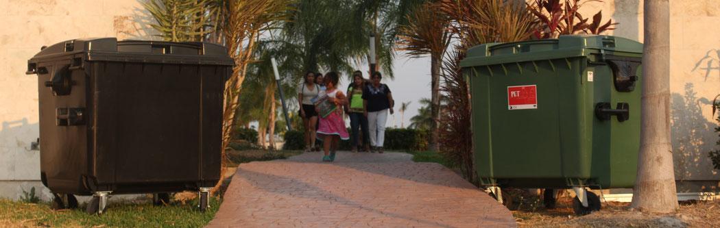 Contenedores de Basura en Merida, Yucatan Mexico