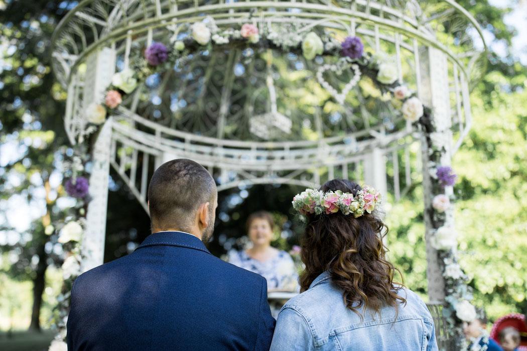 Trauung im freien, Gartenhochzeit hochzeit Trauung im freien villa gückelsberg Hochzeit heiraten fotos hochzeitsfotograf