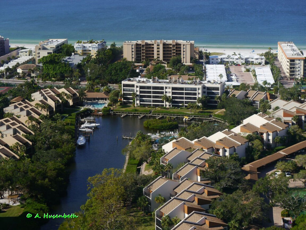 Siesta Key Beautiful Vacation Rental - Ferienwohnung - Midnight Cove II - Florida Suncoast Helicopters Scenic Flight