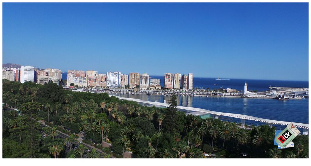 Vista aérea de Puerto y el Jardín -Parque de Málaga