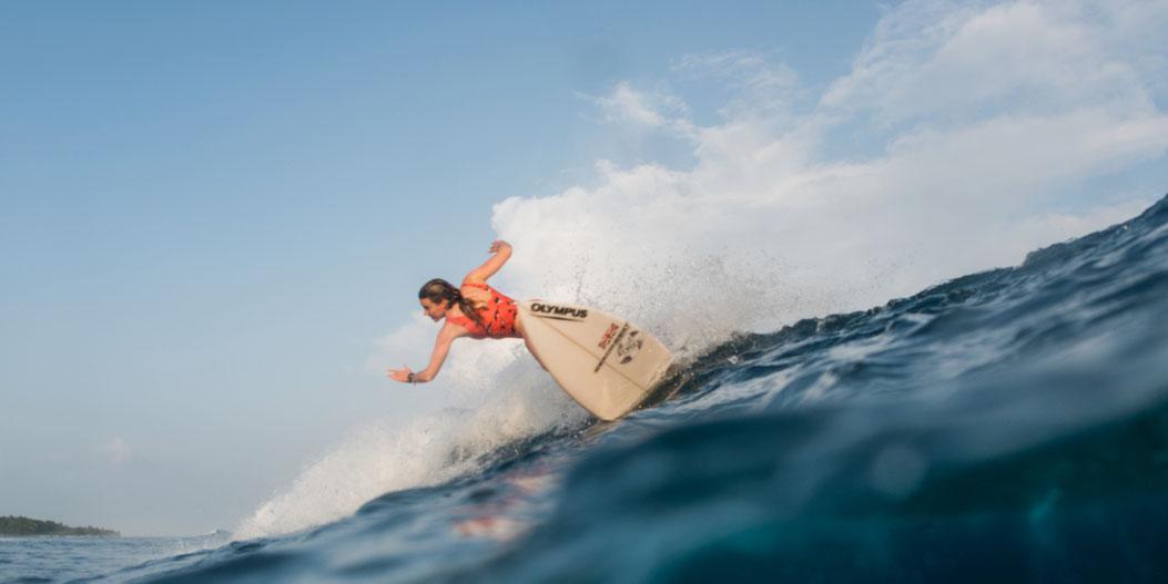 surfing trip surf coaching boat trip Maldives