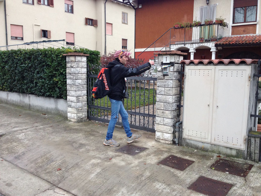 Volantinaggio Brescia