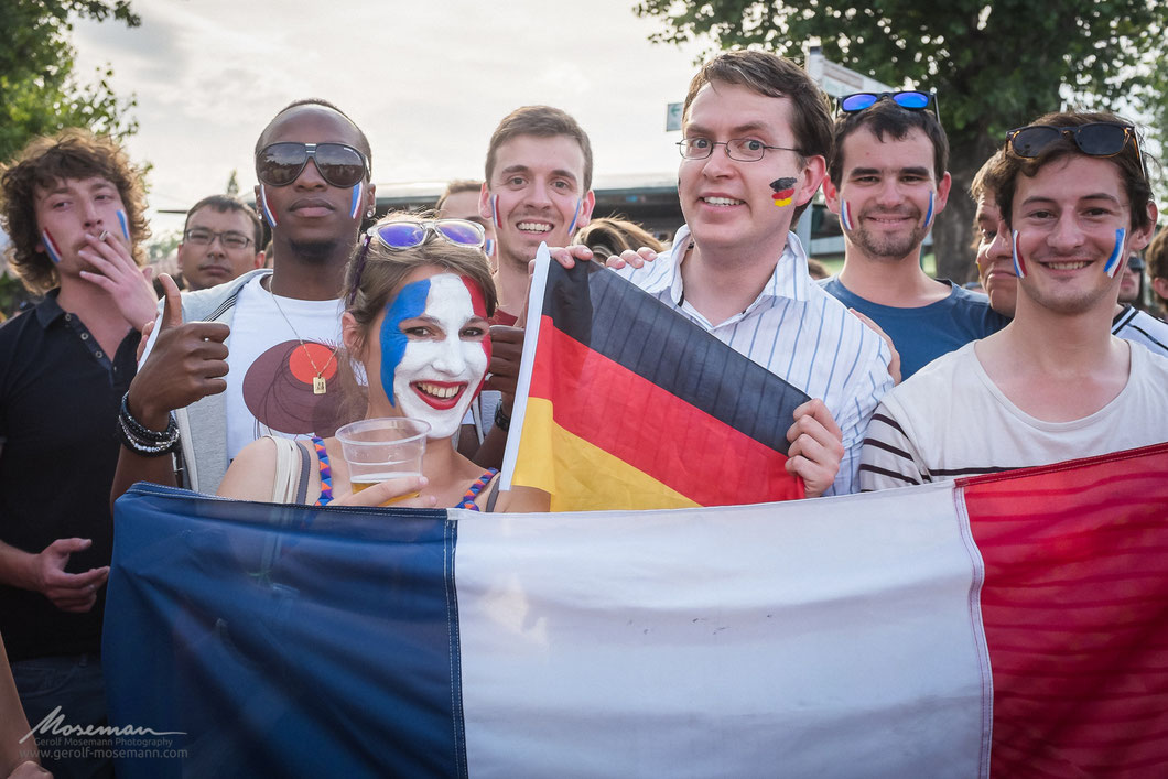 World Cup 2014 quarter final: Germany vs. France. Good friends after all.