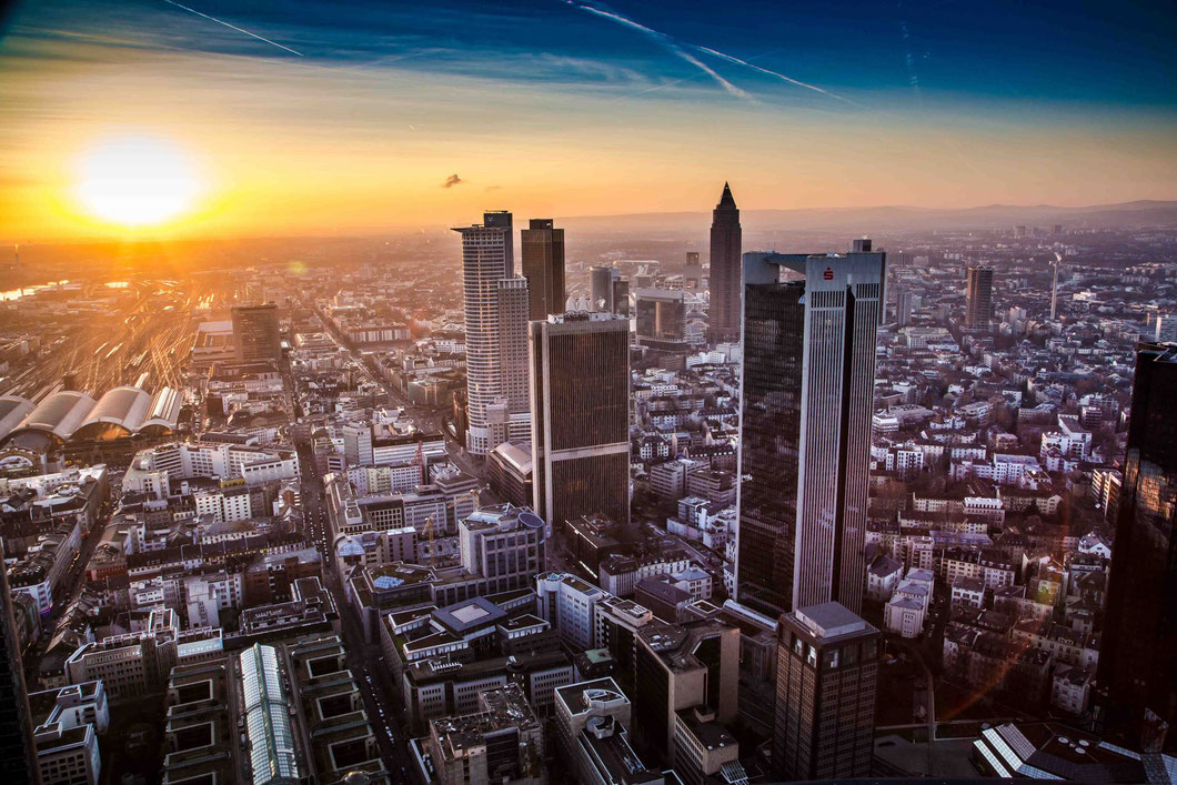 Frankfurt downtown as seen from Maintower on a chilly January evening. Photo: Fabian Schwan-Brandt