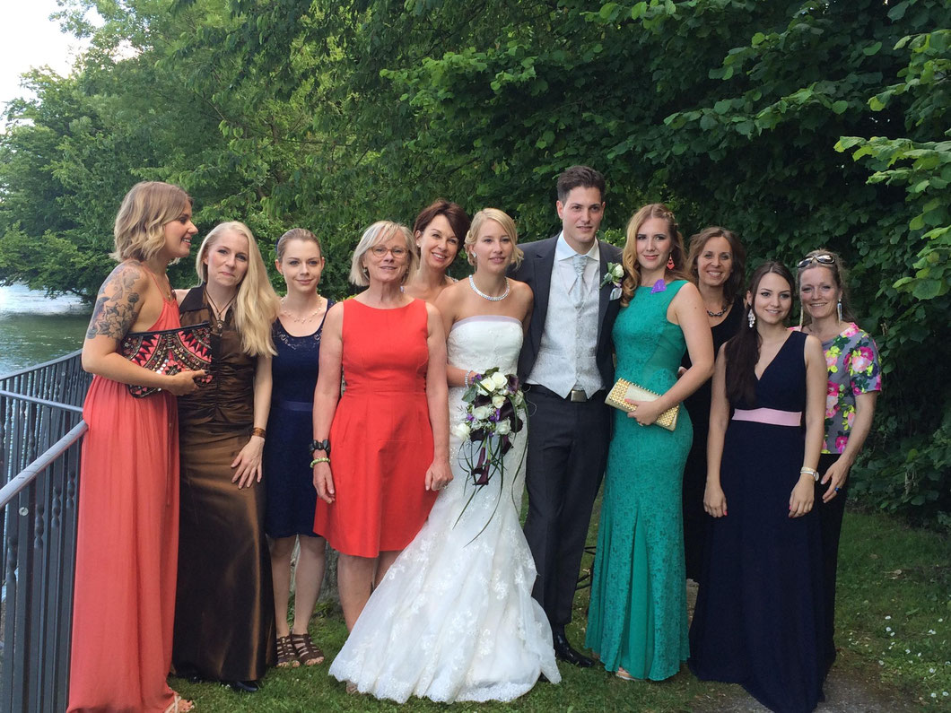 Das wunderschöne Brautpaar mit dem fast vollständigen Bodyzone Team :)