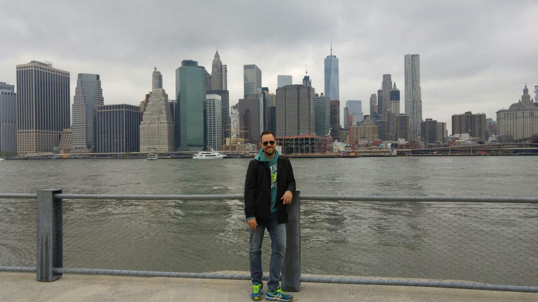 Blick von Brooklyn auf Lower Manhattan