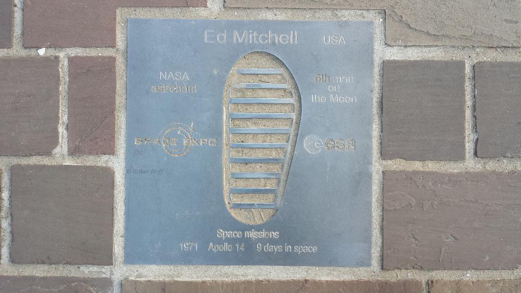 Ed Mitchell – Apollo 14-Astronaut – war der 6. Mensch auf dem Mond (verstorben Februar 2016)