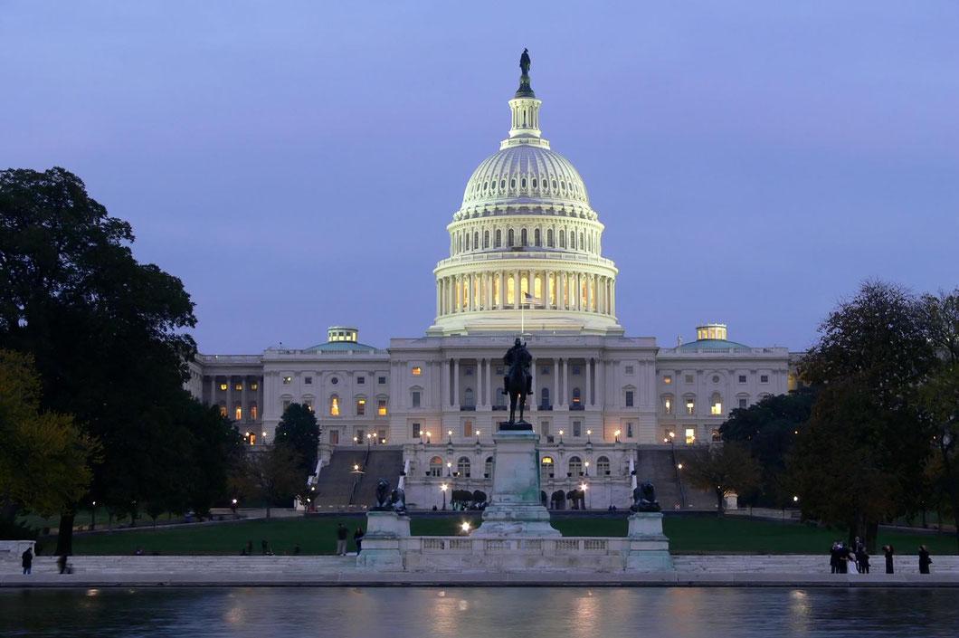 Das Capitol bei Nacht ist ein fotografischer Traum