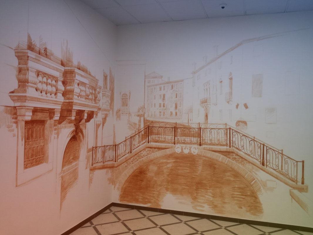 Роспись стены. Венецианский мотив. Апрель 2014
