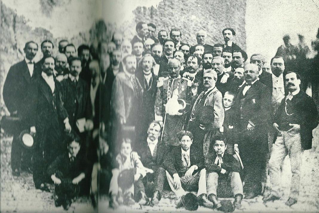 LA FOTO PIU' ANTICA:3 SETTEMBRE 1867-IL MAESTRO LUIGI PARA con il numero 8