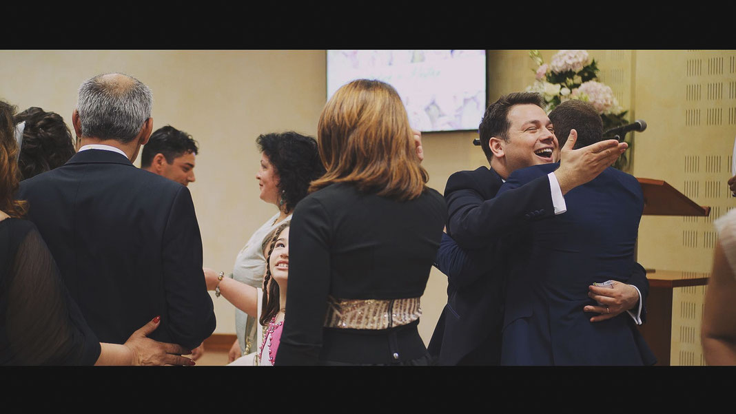 Video Matrimonio Spontaneo Reportage Racconto, Video Matrimonio Testimoni di Geova JW Jehovah's Witnesses, Video Matrimonio Bologna Reggio Emilia Romagna, Videografo Matrimonio Bologna Reggio Emilia Romagna