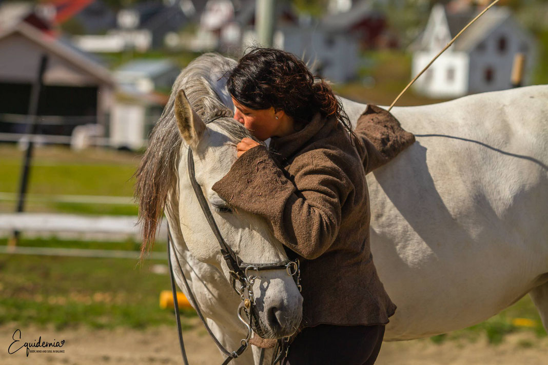 "When have you last said ""thank you"" to your horse? For a good training session, sharing a wonderful moment or just for beeing there?"