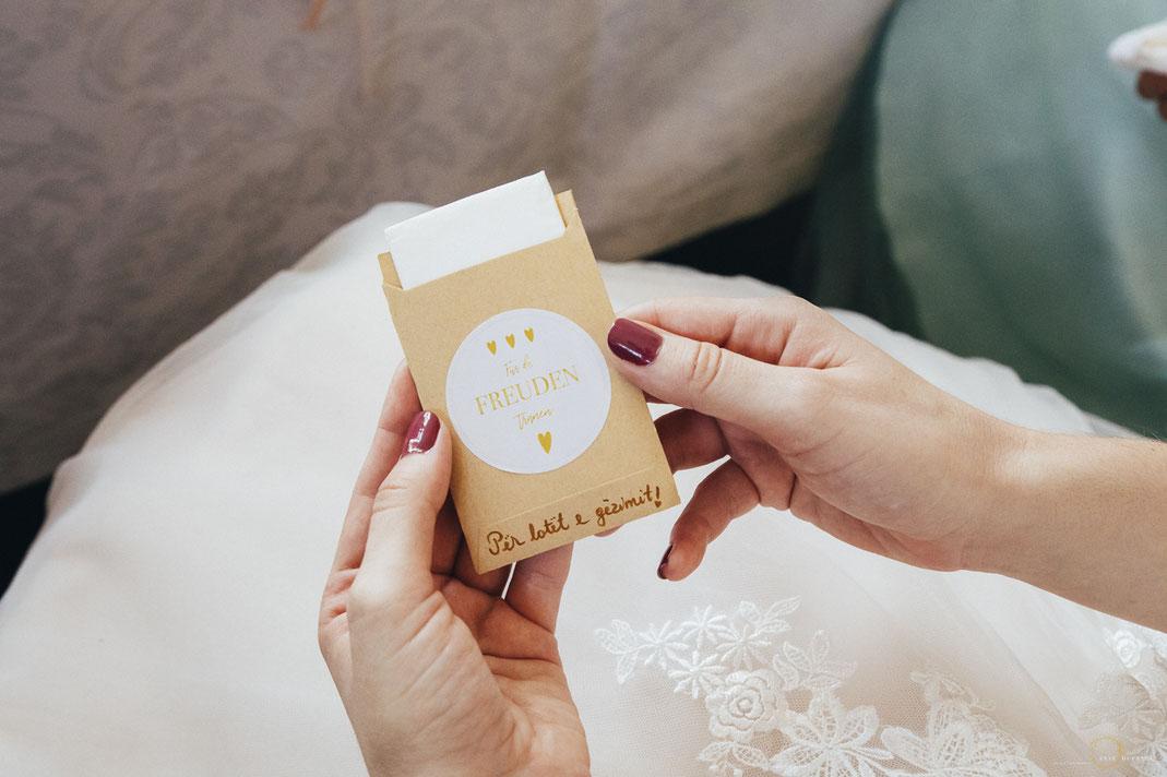Hochzeitsidee Taschentücher Freudentränen