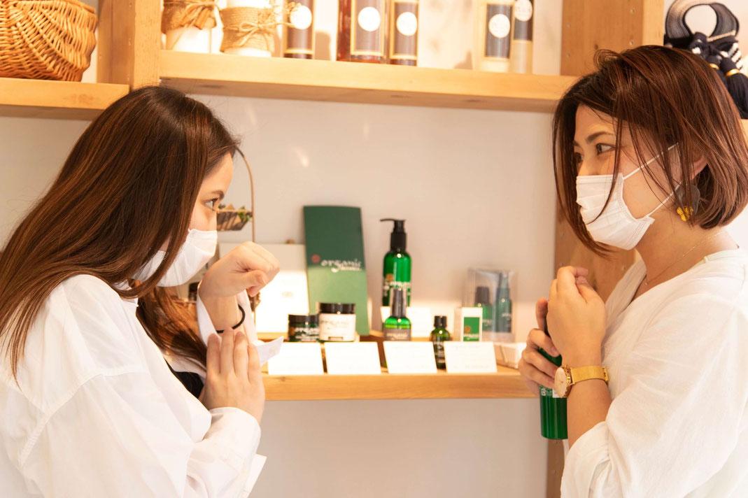 神戸市(兵庫県)のヘッドスパ専門店のオーガニックショップの自然派化粧品のお試し