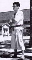 OKUYAMA Tadao (qui fit l'expérience de retraite en montagne, tels les yamabushi
