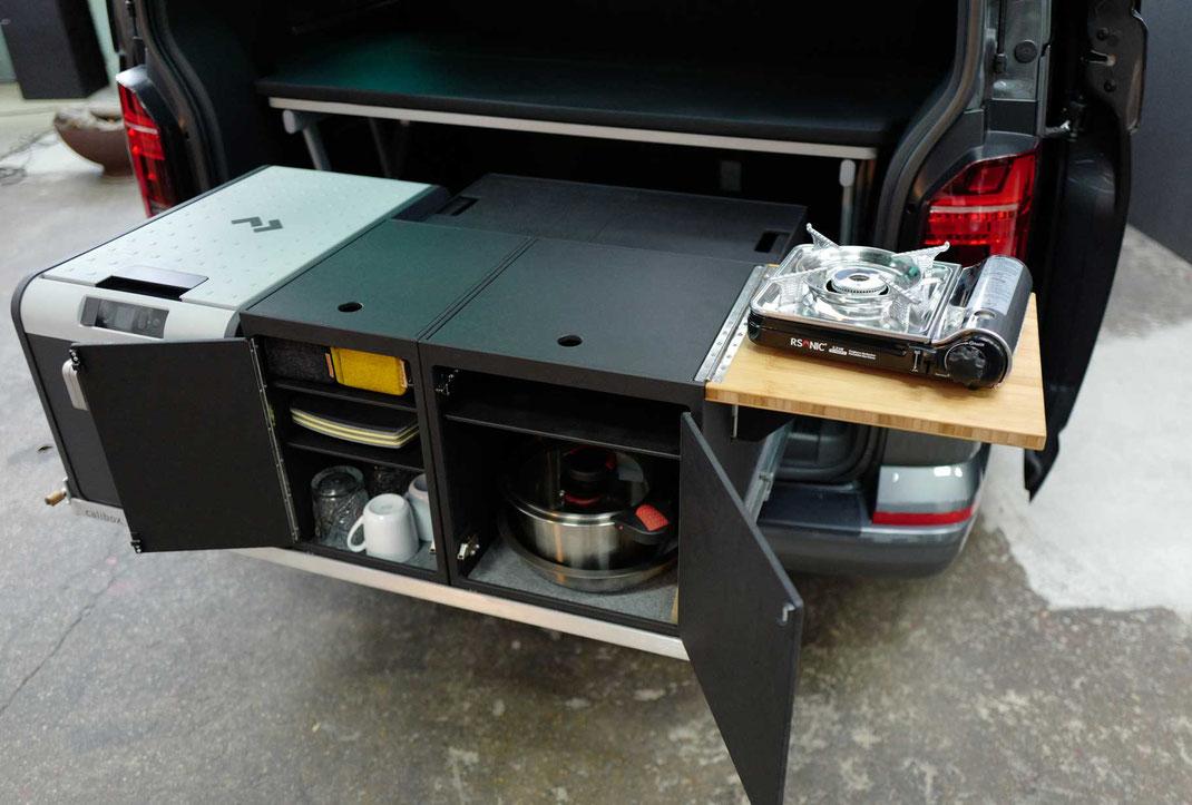 Modulare Heckküche mit Multiflexboard für VW Campingbus