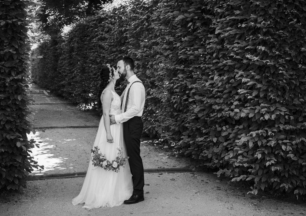 Brautpaar-braut-liebe-schleier-fotoshooting-brautpaar-shooting-hochzeitsbilder-hochzeitsfotograf-dresden-wedding-liebe-brauttanz