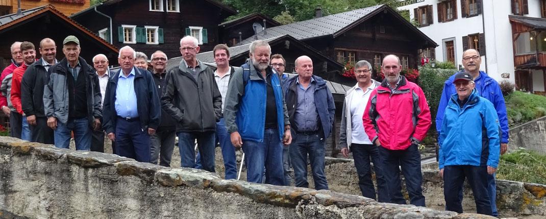 Männerchorgruppe in Binn im Binntal Sept2017