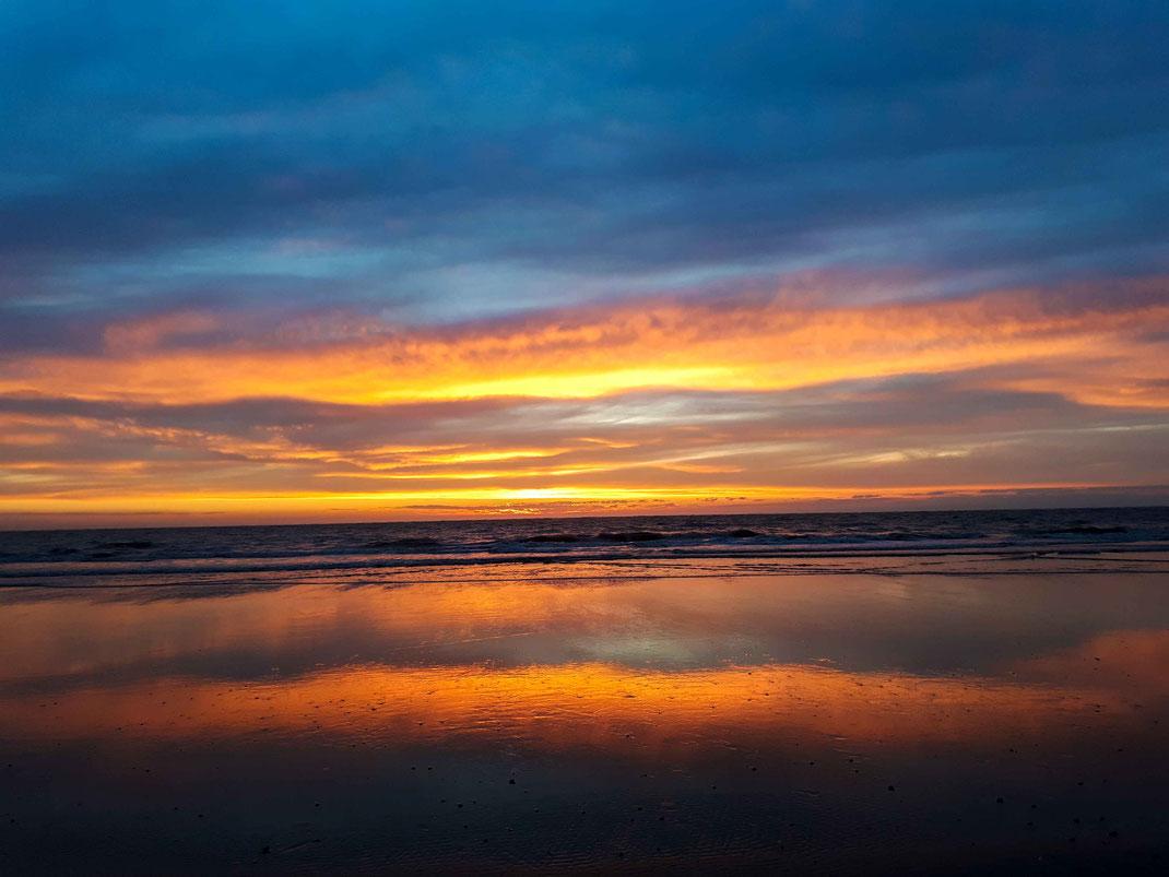 Nordsee im Abendhimmel, Schiermonnikoog, Landschaftsaufnahme
