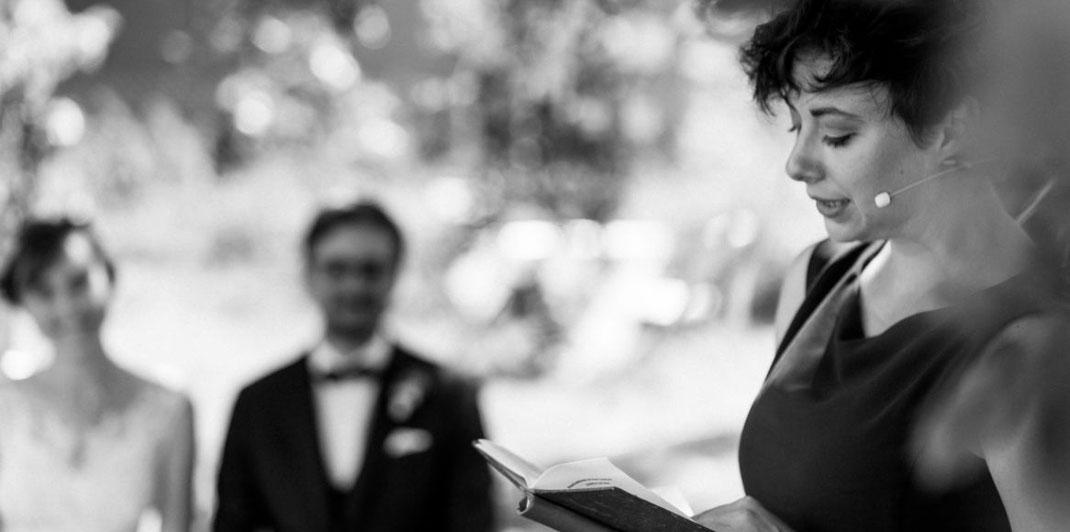 Trauredner, Arbeiten als Trauredner, Agentur für Trauredner, Hochzeitsredner, freie Trauungen, Wie werde ich freier Redner