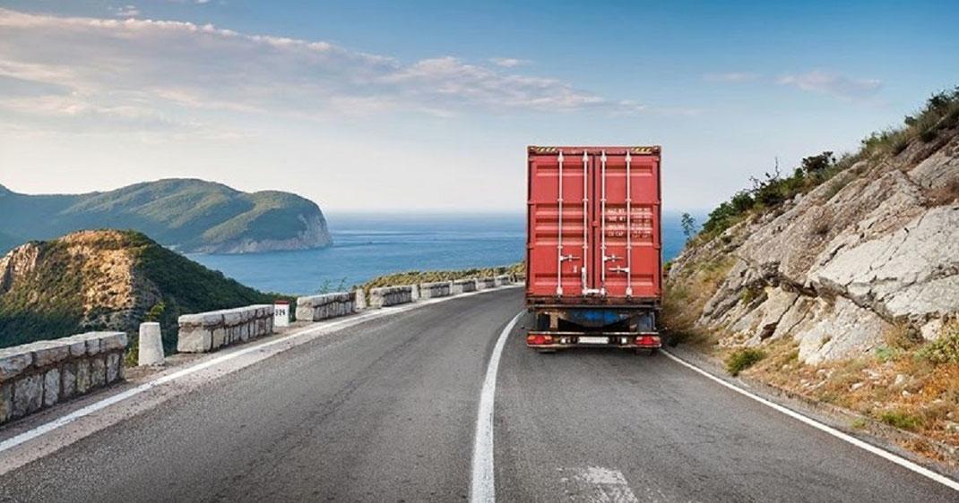 Documentacion debe llevar en mano el transportista de carga terrestre