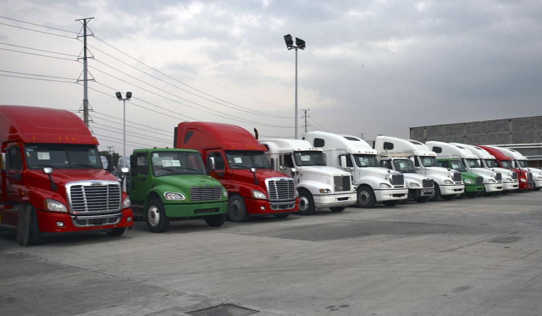¿Comprar un camión nuevo o uno usado? Transporte Terrestre