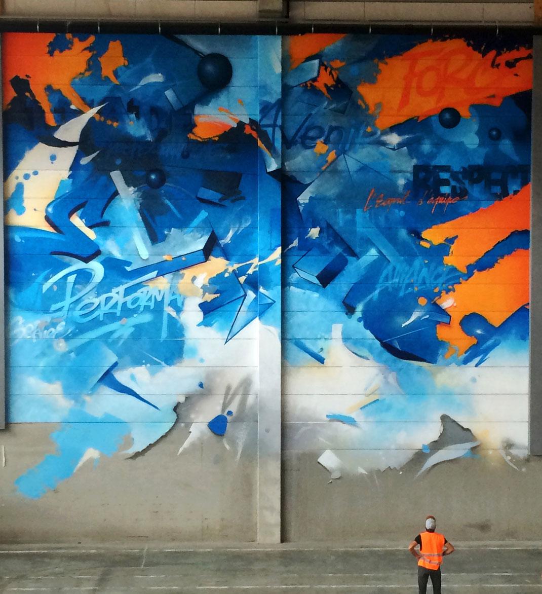 Fresque réalisée avec Trakt pour le centre Leclerc, art mural à la fondation Leclerc de Concarneau, signée par Michel Edouard Leclerc. 2017.