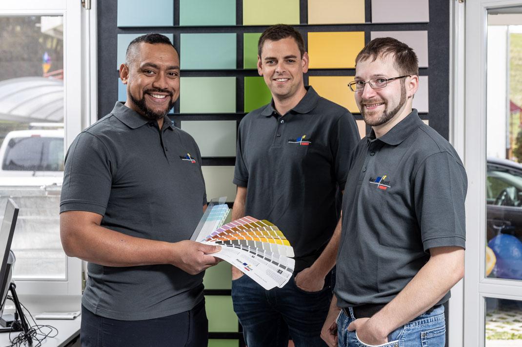 GL Maler Burri AG von links: Isaac Kunz,(Projektleiter, Farbberater), Roland Burri (idg. dipl. Malermeister, Inhaber & Geschäftsführer) und André Thalmann (Projektleiter & Filialleiter Hergiswil)