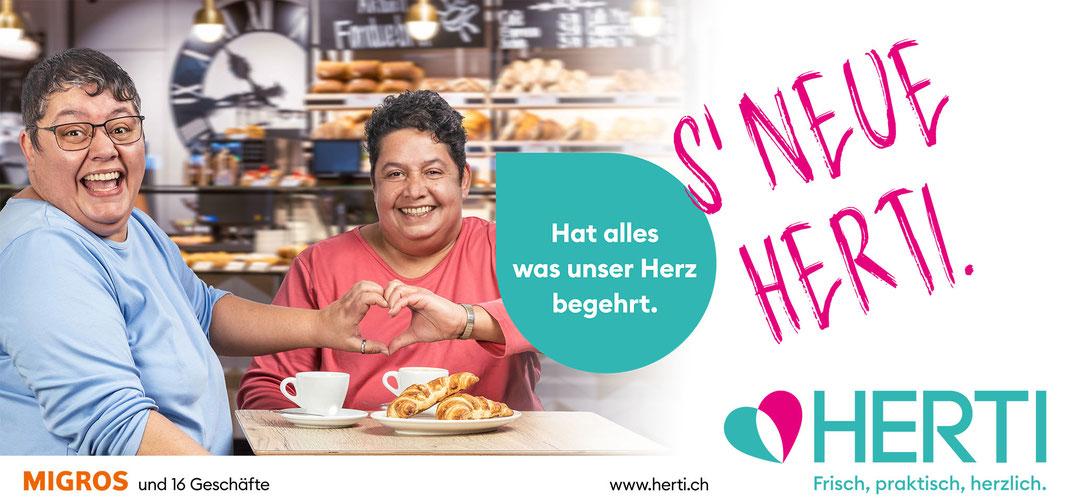 Immer fröhlich und täglich in ihrem Herti-Zentrum anzutreffen: Marisa und Regula Notter