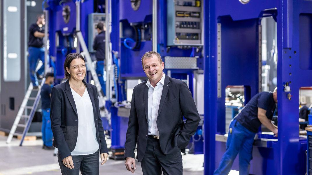 Glückliche Geschäftsleitung: Monica Mattmann (CFO) und Adrian Achermann (CEO)