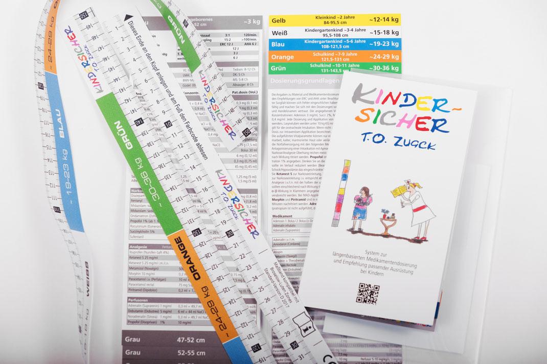 KINDERSICHER.me System: Farbcodiertes Massband zur Ermittlung des Farbcodes und Infoflip mit Medikamentendosierungen, Vitalparametern und passender Ausrüstung für jeden der 11 Farbcodes