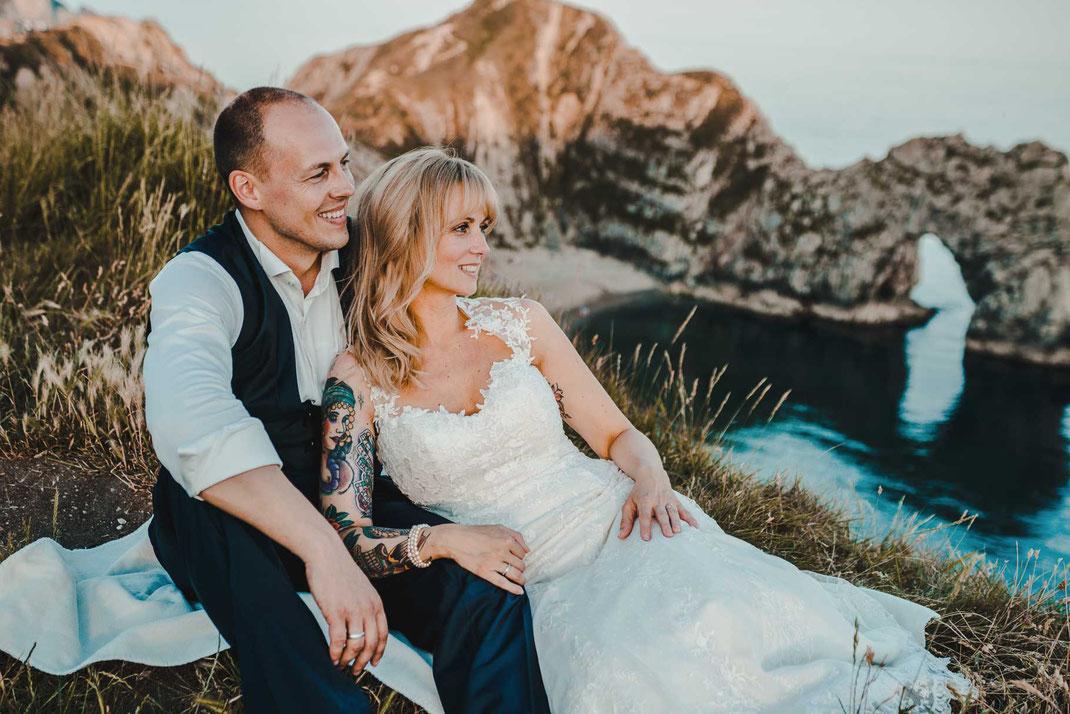 brautpaar after wedding shooting hochzeit hochzeitsfotograf freie rednerin südengland durdle door