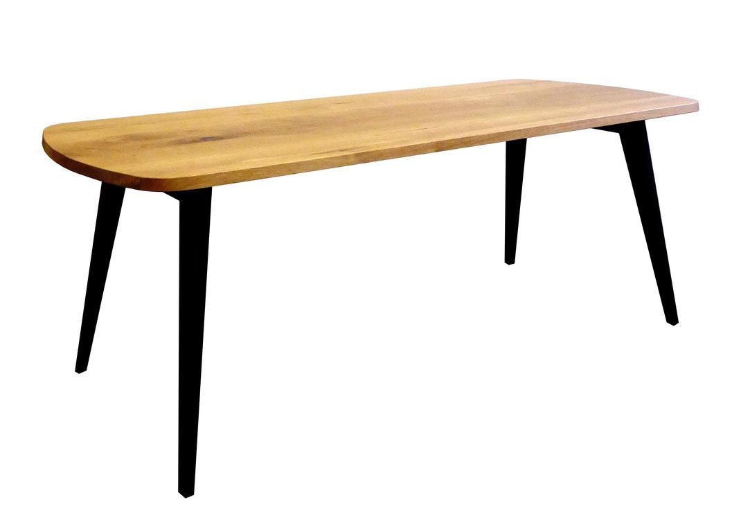 Tisch v17 Eiche Massivholz