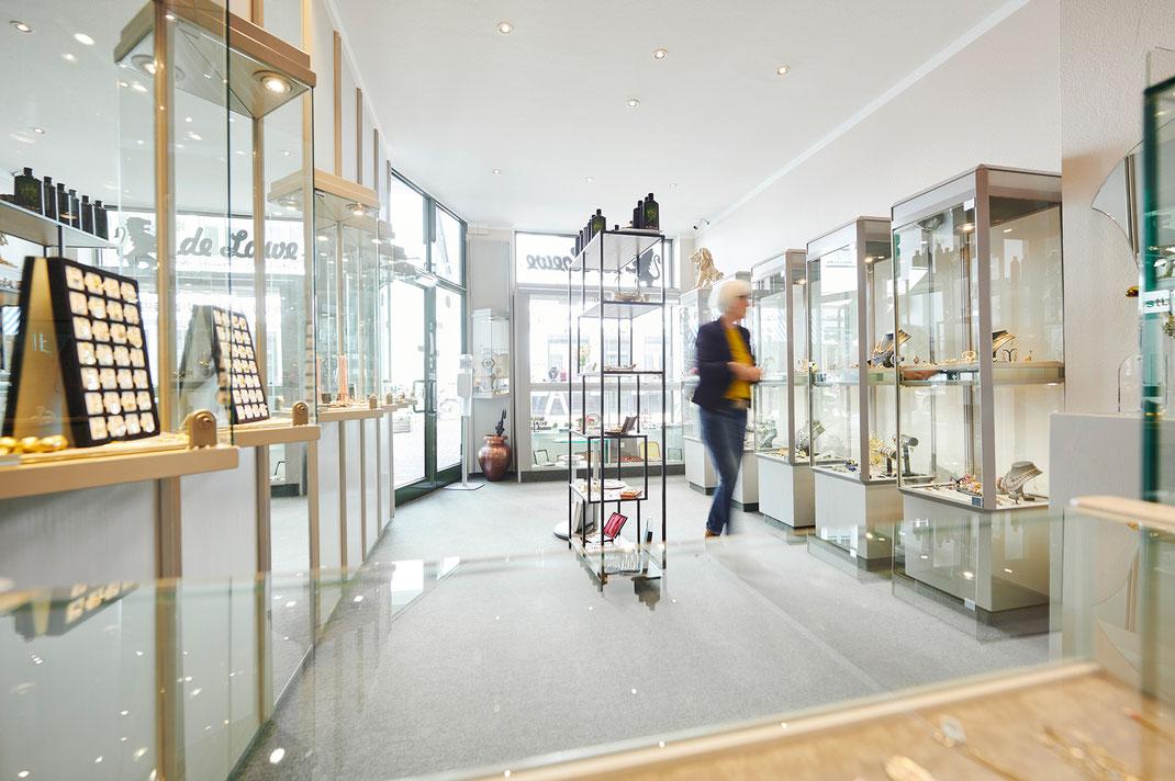 Innenansicht unseres kleinen Ladenlokals in der Oldenburger Innenstadt